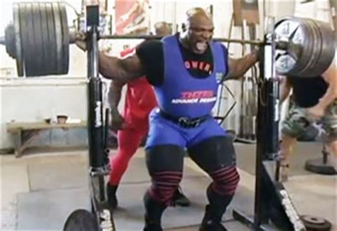 ronnie coleman bench press record ronnie coleman squats 800 pounds video ebaum s world
