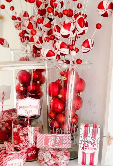 christmas themes and pictures red white christmas decorations 24 all about christmas