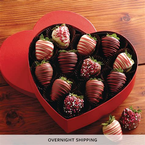 chocolate covered strawberries valentines s day chocolate covered strawberries gift box