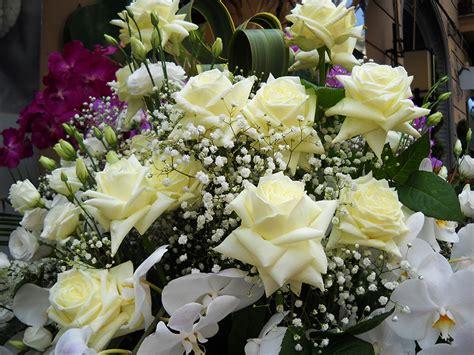 immagini composizioni fiori decorazioni fiori gpsreviewspot