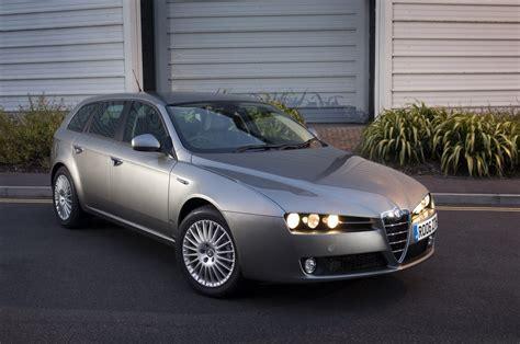 Alfa Romeo 159 Sportwagon by Alfa Romeo 159 Sportwagon Review 2006 2011 Parkers