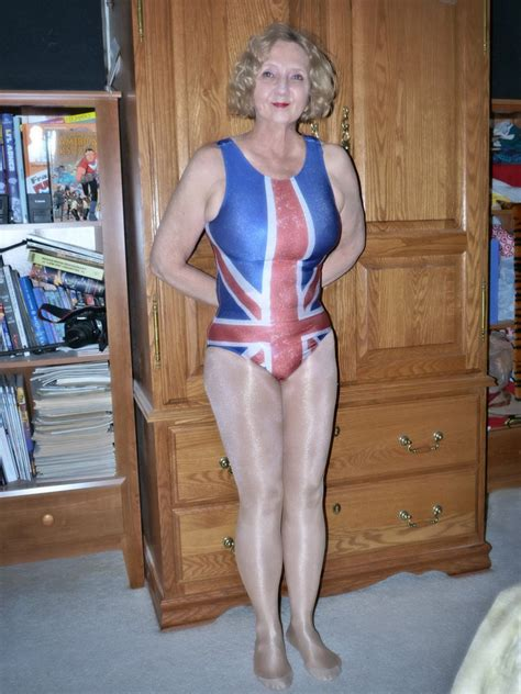 Molly Dons The Union Jack By Mollyfootman On Deviantart