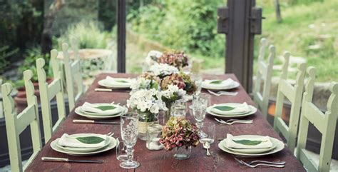 the perfect table setting is the one that best suits your wedding style
