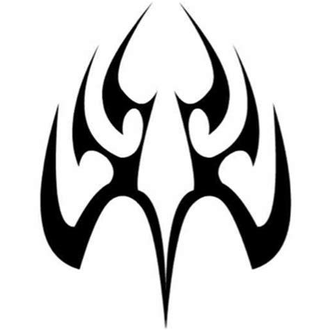 symmetrical tribal tattoo designs