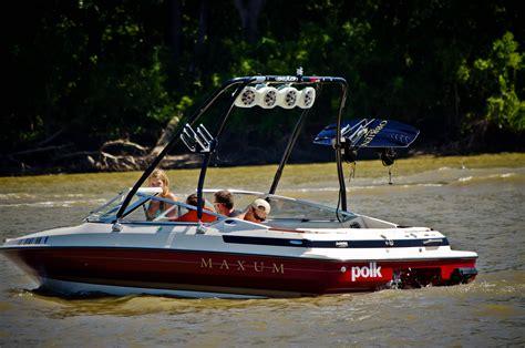maxum boat history file 1992 maxum 1800 sr on the illinois river 5749624344