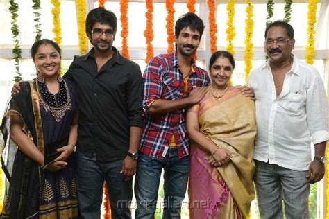 actor aari height picture 491737 actor aadi pinisetty family new film