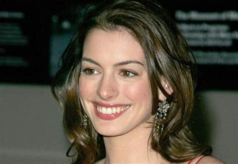 Hathaway Partied Like Lindsay Lohan by Hathaway Quot Eu Si Lindsay Lohan Avem Mai Multe Lucruri