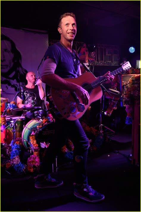 coldplay z beyonce jay z attend private coldplay performance in the