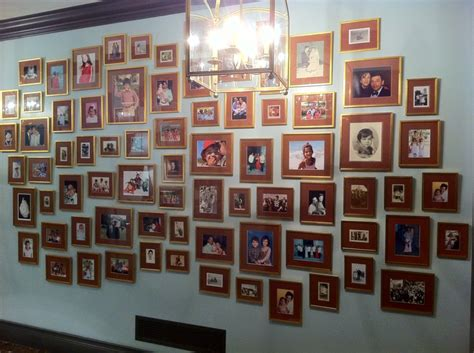 photo wall a salon family photos family photo walls pinterest