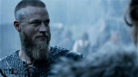 Does Ragnar Have Short Hair In Season 3 | does ragnar have short hair in season 3 does ragnar have