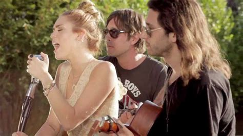 miley cyrus the backyard sessions look what they ve