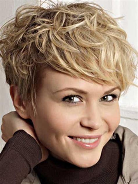pixie cuts with a little wave 25 short wavy pixie hairstyles pixie cut 2015