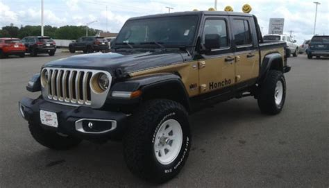 2020 Jeep Gladiator Yellow by 2020 Jeep Gladiator Becomes Modern Day J 10 Honcho Thanks