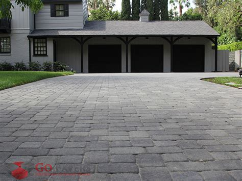 Belgard Patio Pavers The Belgard Cambridge Pavers Are Cobblestone Pavers That Ferry Us Back To The Days Of