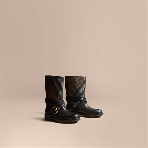 leather mesh and house check boots in black