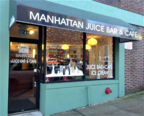 manhattan juice bar & café offering a little bit of local