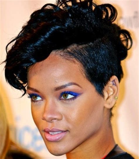 rihanna hairstyles bob haircut makes its debut on ellen todaycom rihanna hairstyles loaded with love spunk and sassiness