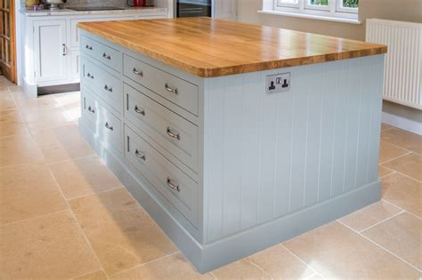 kitchen island worktop shaker kitchens