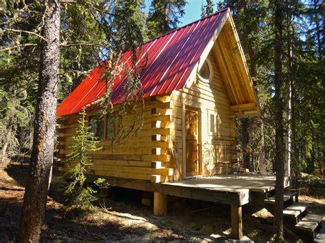 Yukon Cabin by Yukon Cabins For Rent Overlooking Marsh Lake Yukon