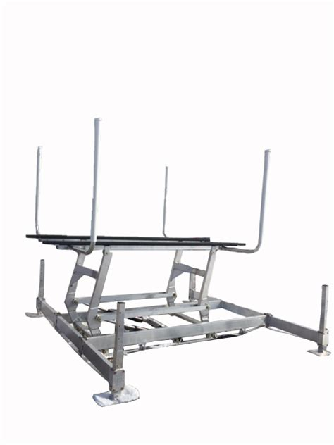boat lift manufacturers in michigan hydraulic boat lift pontoon lift tritoon lift captains