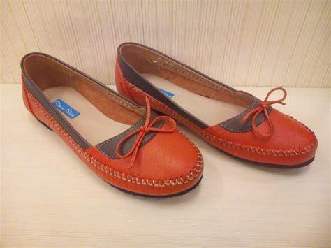 Best Seller Sepatu Wakai Wanita Blue Buterfly G O Sepatu Murah Slip On sepatu wanita