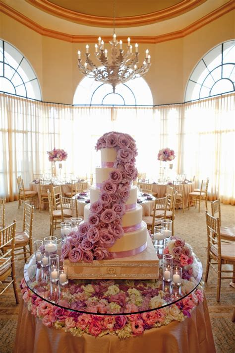 Cake Table Ideas by Fabulous Wedding Cake Table Ideas Using Flowers