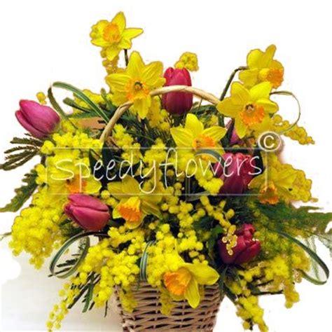 spedire fiori in russia 8 marzo spedire cesto fiorito mimosa