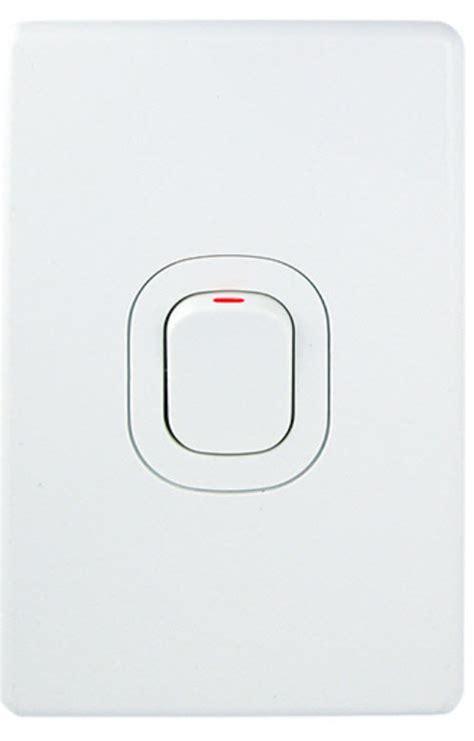 Isolator Switch Clipsal clipsal c2031d32 cooker isolator 32 pole 500v