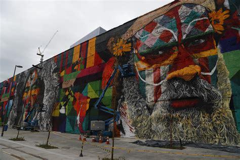 mural gigante de eduardo kobra sera parte  legado