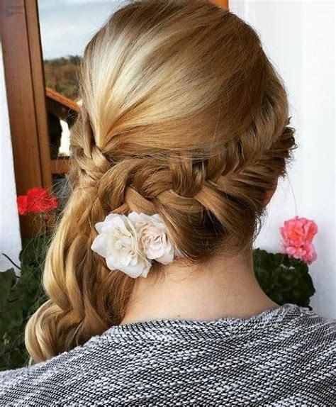 Prom Side Hairstyles by 45 Side Hairstyles For Prom To Any Taste