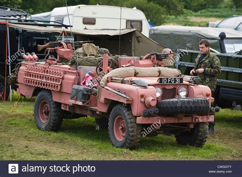 sas land rover land rover 4x4 sas special forces pink panther