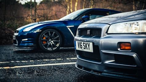 R34 Nissan Skyline Gt R Vs R35 Gt R The Ultimate Godzilla