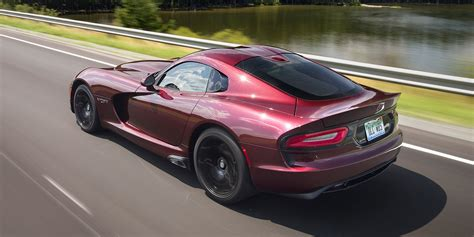viper out dodge viper sold out 2017 dodge viper ends production