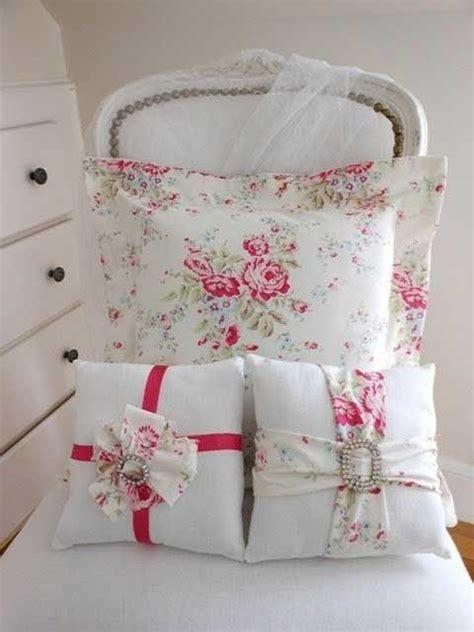 cuscini shabby chic fai da te 7 idee per il cuscino per la poltrona in stile shabby chic