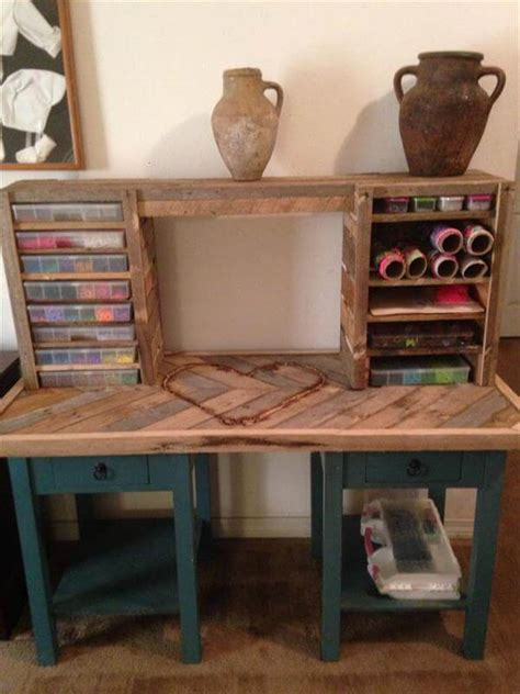 desk made from pallets 25 unique diy wood pallet projects