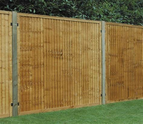 cheap fences for backyard cheap backyard privacy fence design backyard privacy