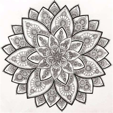 creative coloring mandalas art myartwork art drawing draw mandala circle circular blackandwhite flower creative graphos mine