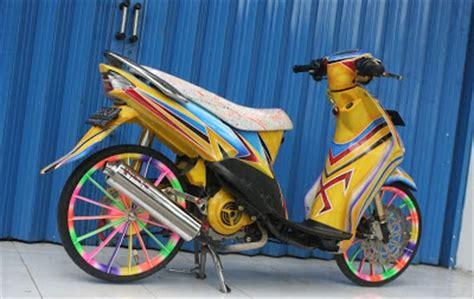 modifikasi warna motor metic  cantik inspirasi modif