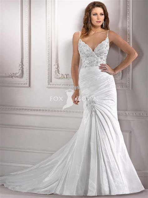 hugging wedding dress with beading and lace sang