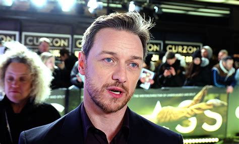 james mcavoy cast glass premiere on the red carpet with m night shyamalan