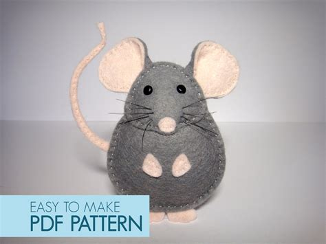 pattern for felt rat easy to sew felt pdf pattern diy pablo the mouse finger