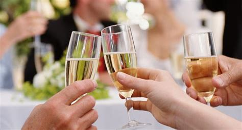 buying wine in for wedding wine buying guide for weddings epicurious