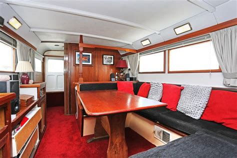 2 bedroom houseboat for sale 2 bedroom house boat for sale in port medway marina