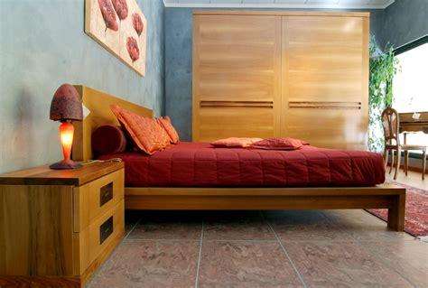 da letto in legno massello da letto in noce massello ecologica grandacasa