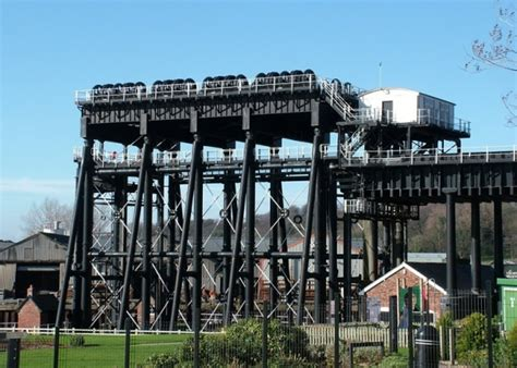 north river boats out of business the anderton boat lift 187 visit northwich cheshire