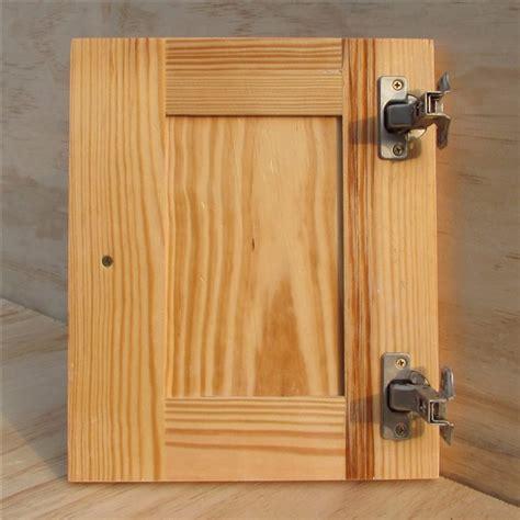 Lemari Kayu Pinus pintu lemari dapur kayu pinus hanya kitchen kabinet
