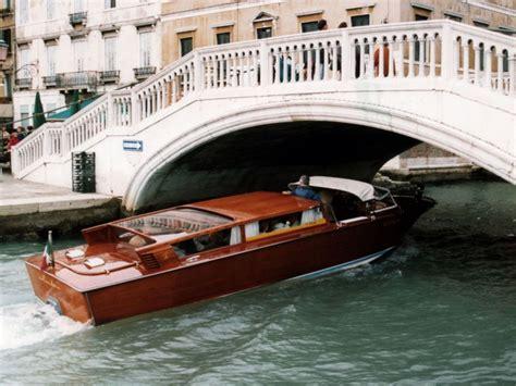 boat ride in venice water taxi ride in venice my bucket list pinterest