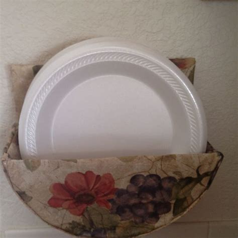 How To Make A Paper Holder - paper plates plate holder and plates on