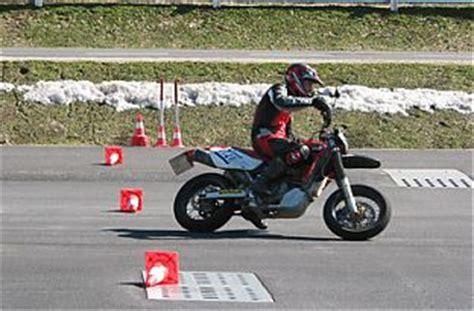 Fahrsicherheitstraining Motorrad Frauen österreich by Motorrad Intensiv Fahrsicherheitstraining Raum Salzburg
