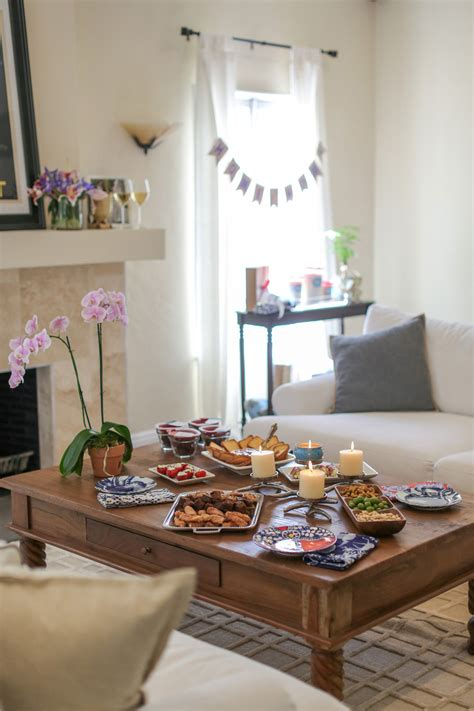 housewarming themes decorations how to throw a great housewarming